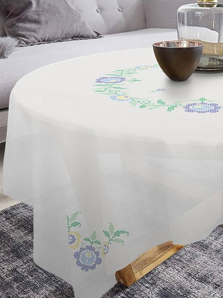 nappe brodelia motifs fleurs